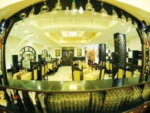 pallkhi-fine-dine-restaurant-balmatta-mangalore-ynmi1